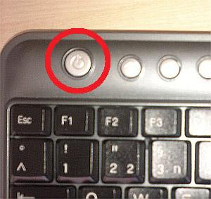 Die Ein-/Aus-Taste auf der Tastatur